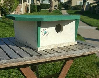 modern birdhouse,outdoor birdhouse,contemporary birdhouse,Eichler home,handmade birdhouse,mid century modern,green birdhouse,space age style