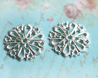 Filigree Round, ornate, 15mm, Silver,  connector, charm - 2Pc - F101