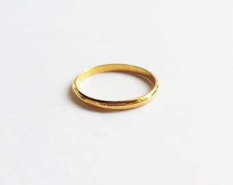 Custom Solid Yellow Gold MInimalist Narrow Stacking Band or Wedding Band. Gold Wedding Ring. 14K Gold Wedding Band.