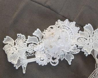 Elegant White Lace Baby Headband