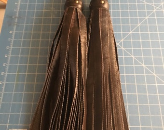 Brown matching pair of floggers the perfect Florentine set