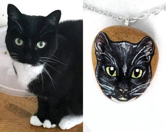 Personalized Necklace, Pet Art, Memorial Jewelry, Custom Pet Portrait, Beach Stone, Pet Loss, Animal Painting, Cat Pendant, Dog Owner Gift