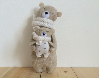 Mama Bear and Baby Bear, Stuffed Bear In Knitted Scarf, Felt Bear, Felt Animals, Teddy Bear Toy, Miniature Bear Woodland Plushie