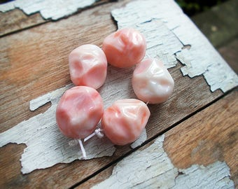 Vintage Plastic Beads - 5 Pink Nuggets - 20mm Opaque Creamy Light Pastel Coral Pink Chunky Faux Stone Dimpled Primitive Facets - Shiny Beads