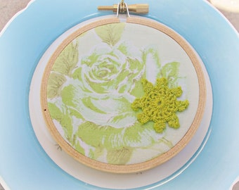 Green Boho Chic Hoop Ornament Christmas Shabby - Vintage Embroidery Retro Fabric Lime Pastel - Flowers Roses Decoration Handmade Gift