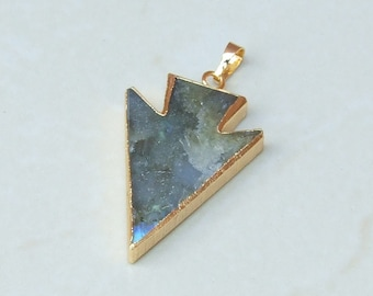 Labradorite Arrowhead Pendant - Labradorite Arrow Pendant - Labradorite Pendant - Gemstone Pendant - Gold Edge - 29mm x 41mm - 2290