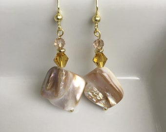 Classic dangle earring with crystal beads and natural pearl shell