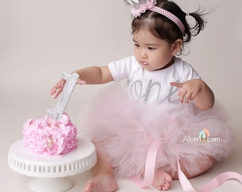 cake smash outfit girl and silver smash cake birthday 2327