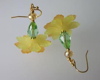 Spring Wedding Earrings, Flower Dangle Earrings, Victorian Floral, Wedding Jewelry, Bridal Jewelry
