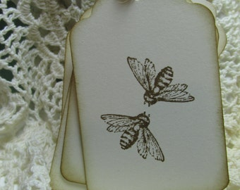 Meant to Be - Meant to BEE - wedding tags- Wedding Favor tags - Kissing Bees - Rustic Wedding - Barn Wedding tag - Country tags
