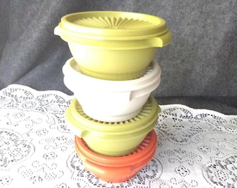 Tupperware BOWLS 1323. 4 sold separately  Presented and in Excellent Condition