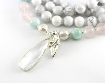 Nouvelle vie collier Mala, paix amour Motivation Intention, Howlite Quartz Rose Larimar 108 Mala collier de perles, collier de grossesse mère enfant