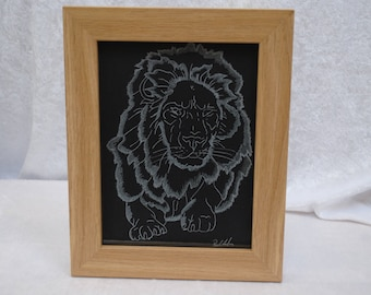 Hand etched picture with frame - Lion