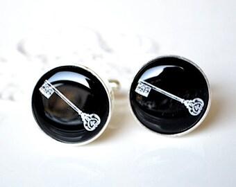 Vintage skeleton key cufflinks, timeless mens jewelry keepsake gift, classic cuff link accessories