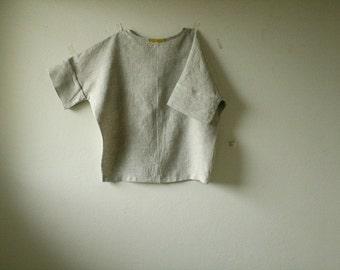 READY TO SHIP / esssie blouse / Size Small / linen shirt / women linen clothing / oversize top / made in australia / pamelatang
