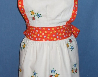 Embroidered Flowers Apron