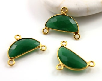 Green Onyx, Small Bezel Half Moon Shape Connector Gemstone , Gold Vermeil, 17x8mm, 1 Piece, (BZC9041/GNX/CNT/SM)