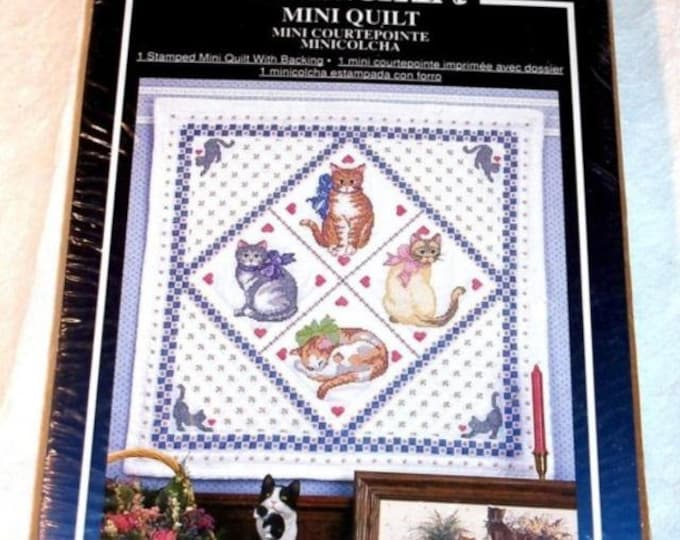 Vintage WonderArt Mini Quilt