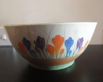 Clarice Cliff large fruit bowl in crocus bizarre pattern circa 1930s dia = 22cm