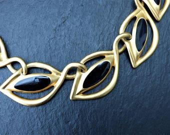 ANNE KLEIN - Vintage Early 1980s Modernist Matt Gold-plated Black Enamel Choker Length Leaf Link Necklace