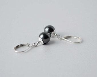 Black Pearl Earrings, Pearl and Silver Earrings, Pearl Drop Earrings, Simple Earrings, Black Jewelry, Black Earrings, Sterling, Handmade