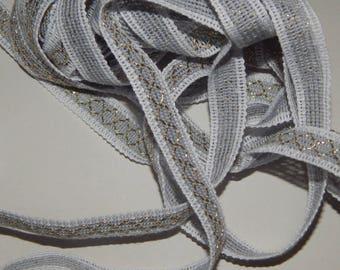 Gray Ribbon with gold diamonds