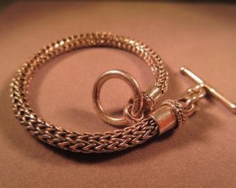 Sleek Sterling Silver Toggle Close Bracelet