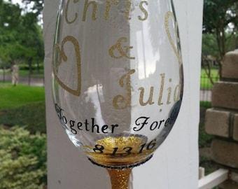 Personalized Glitter Wine Glasses