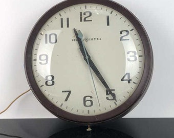 Vintage GE Electric Wall Clock, ca 1950s