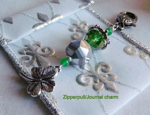 St Patricks day gift set -  pale yellow fused glass dish - trinket set - Irish  zipper pull - purse charm - Lizporiginals