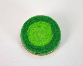 Handmade felt pin brooch base metal bronze and green spiral