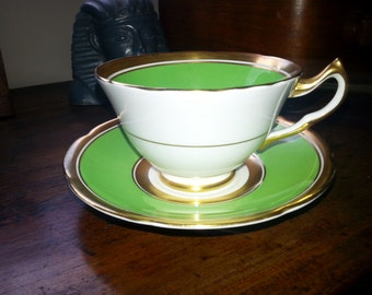 Vintage 1940's Collingwoods Tea cup and saucer, made in England, green and gold