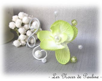 Green and white Orchid faceted bracelet