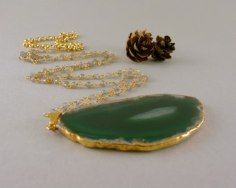 Long Green and White Agate Geode Slice Stone Necklace in Gold and Labradorite Stone Chain