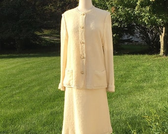"""Reserved Vintage 40s Ladies Suit 