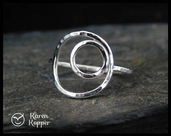 Eclipse ring. Sterling silver ring, made at your size. Also in gold-filled. Hammered. Karma ring. Open Circle ring. Thin, stacking ring.