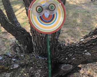 Garden Art, Garden Decor, Garden Totems/Owl Garden Art/ Glass garden Totem/Garden Stake