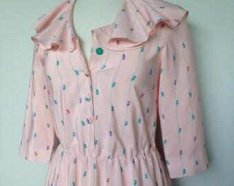 Peach Pink Vintage Fashion Dress / A Dainty Multi Colored Shoe Pattern