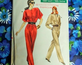 """Vogue Sewing Pattern - 1988 - Woman's jumpsuit - Size 8 to 12   bust 31 1/2"""" to 34"""" - Mpn 7136 - Unused and factory folded"""