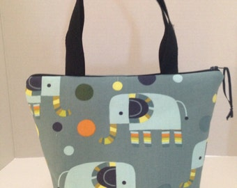 Teal Elephants Zippered, Padded Lunch Bag, ToteBag, Purse