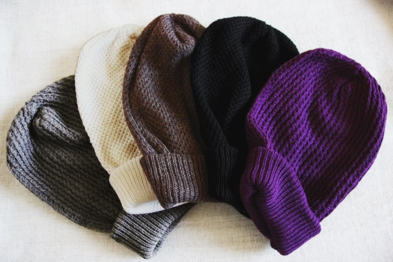 Slouchy beanie, black beanie, knitted beanie for women. Available in black, white, grey, light brown, green and purple