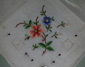 Hankies, Vintage Handkerchief, Floral Embroidered, White Desco Cotton Hankie, Bridal, Something Old, White Hanky
