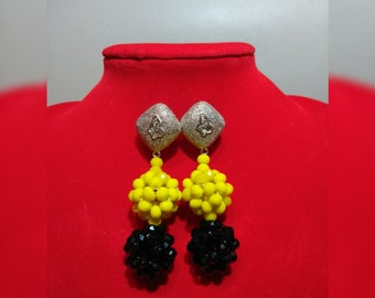 Double ball beaded bead earrings with large earring hook