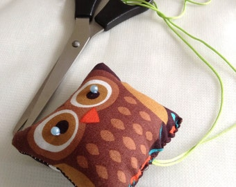 Owl scissor keeper