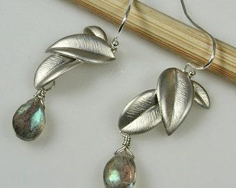 Labradorite Silver Leaves Dangle Earrings -