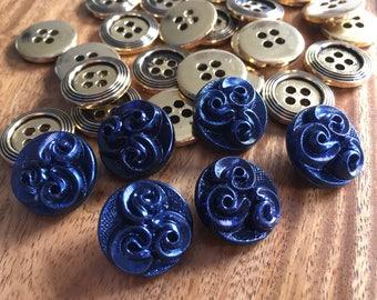 6 beautiful old collector / glass buttons - buttons Art Nouveau - blue purple iridescent buttons (046)