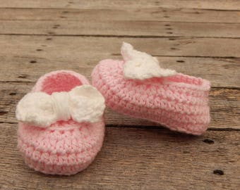 Pink Baby Shoes; Cotton Baby Slippers; Boat Shoes; Shoes with Bows; Baby Shower Gift; Baby Girl Gift; Ready to Ship