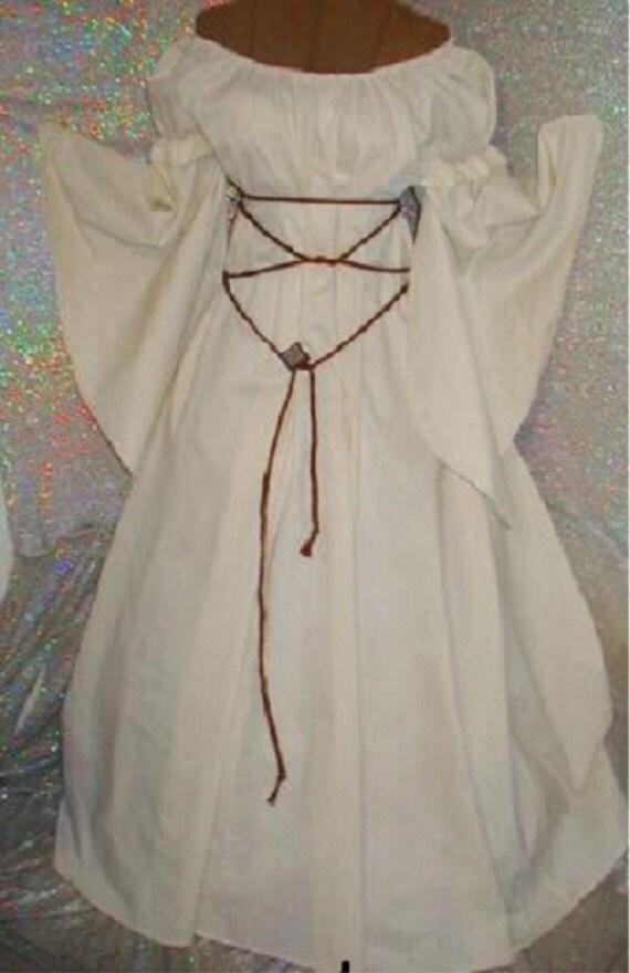 Renaissance fantasy Chemise dress ivory cream Chemise w/ puff