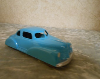 1950's Metal ( London Toy # 14 Master Deluxe 5 Passenger Coupe ) Car
