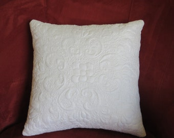 Feminine vintage jacquard linen quilted pillow cover
